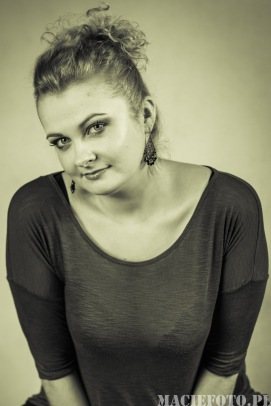 Ula - żona